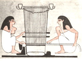 Women_weaving_in_Beni_Hassan_tomb_(Вертикальный_ткацкий_станок_Египет)